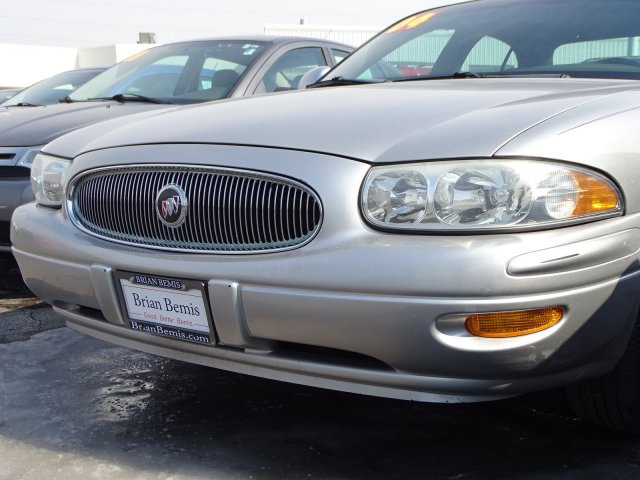 Pre-Owned 2004 Buick LeSabre Custom